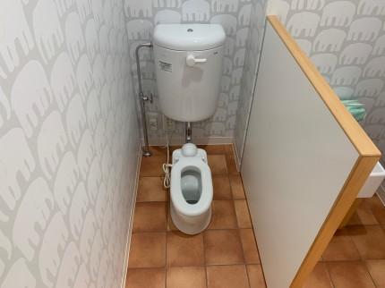 平岸の保育園「グっとくる.保育園」 子供用トイレ